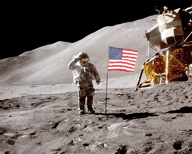 Apollo_15_Scott_Salute